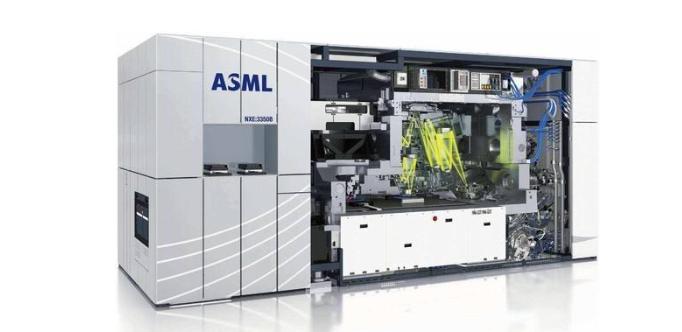 传ASML强行断供,中芯国际没有EUV光刻机还能进军高端市场吗?