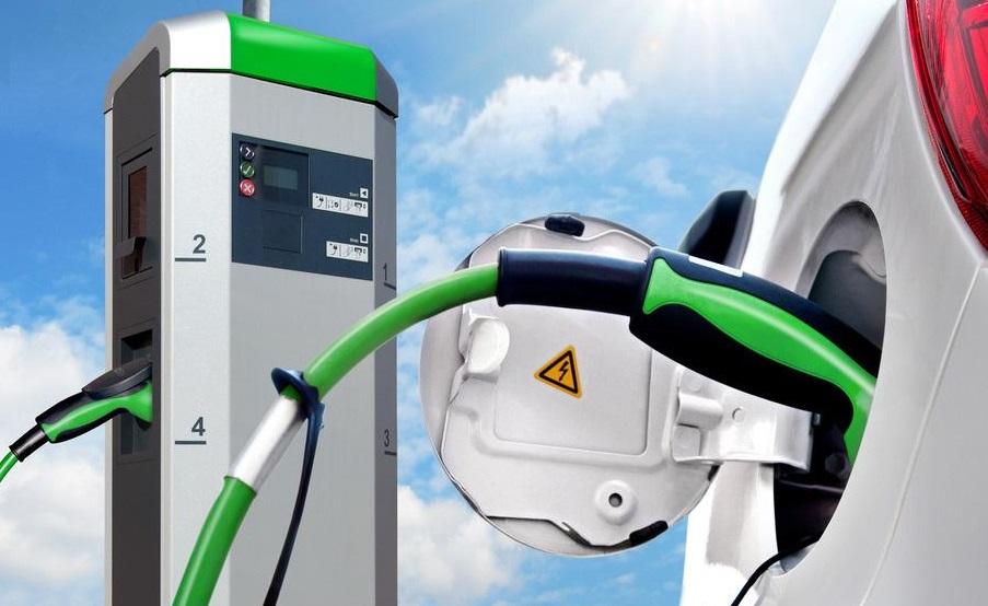 比亚迪丰田电动车合资公司注册成立,双方各持股50%