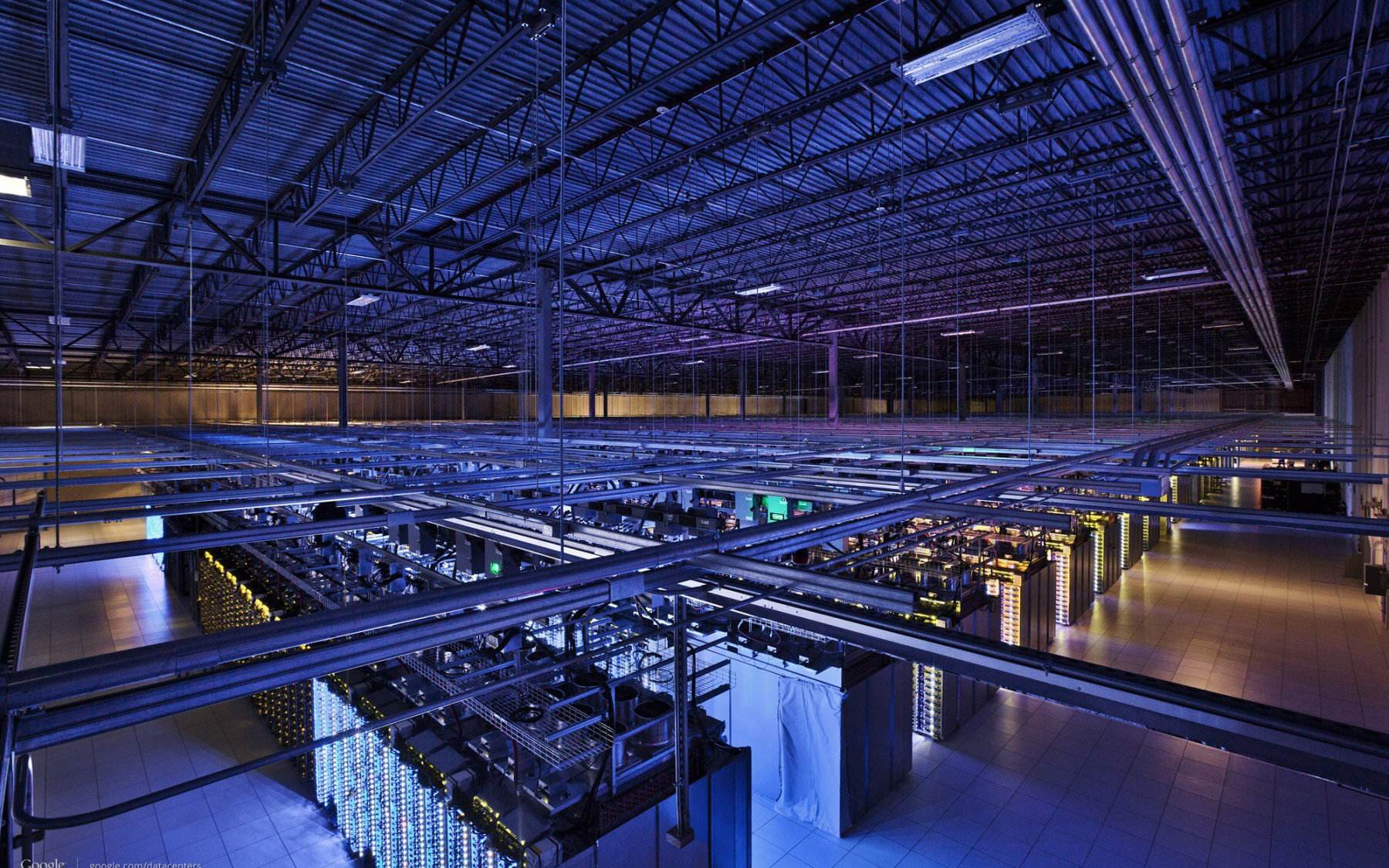 """""""新基建""""数据中心建设,规模化背后质量管控、人才、运营问题堪忧"""