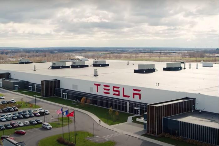 因与知名电动车撞名,NVIDIA低调放弃Tesla品牌;iPhone 12预计10月份发布