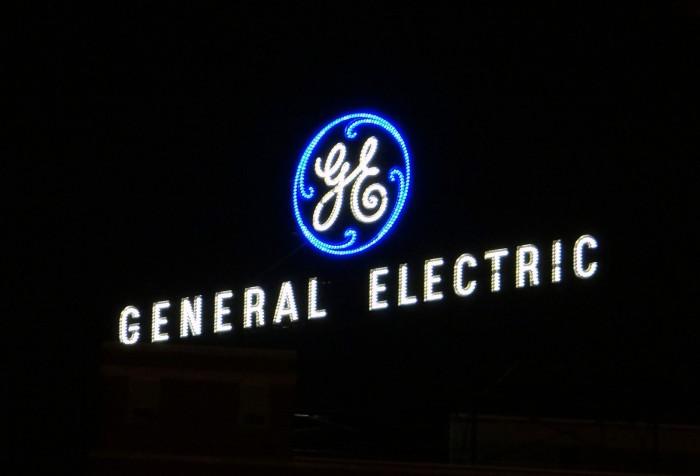 《【天富品牌】通用电气宣布出售运营近130年的家用照明业务;NASA宣布推迟载人航天发射》