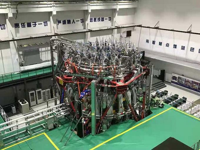 重大突破!中国新一代人造太阳首次放电