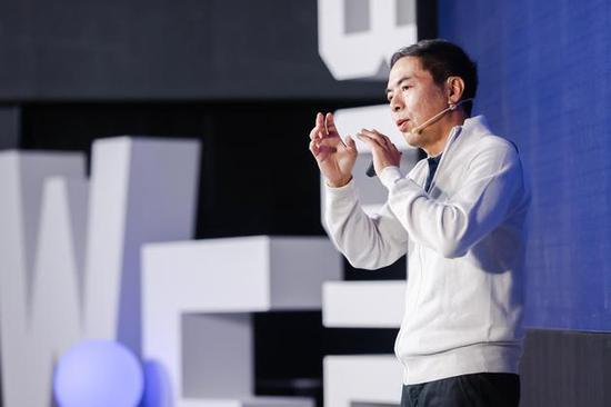微信之夜,张小龙发表演讲:自己是上帝选中的人