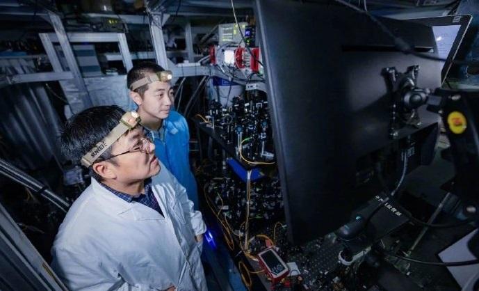 中科大科研团队再登《Nature》封面,从此量子通讯不受距离限制?